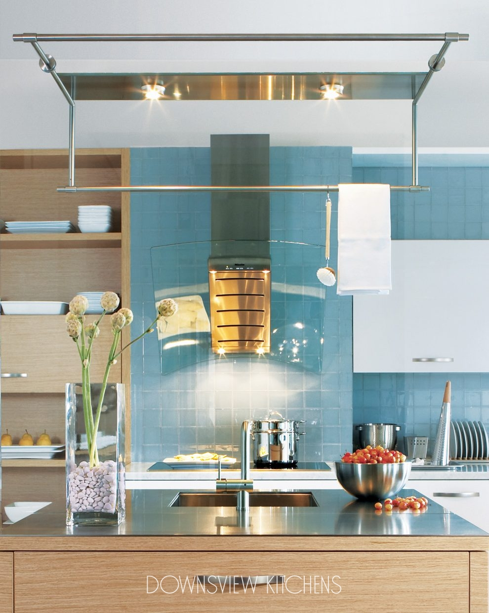 MIRROR IMAGE - Downsview Kitchens and Fine Custom Cabinetry ...
