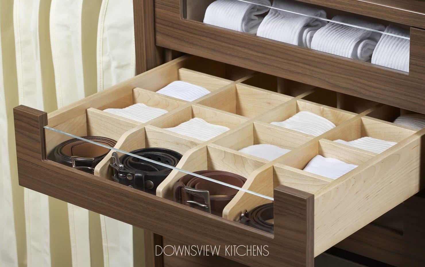 Как в шкаф сделать выдвижные ящики своими руками